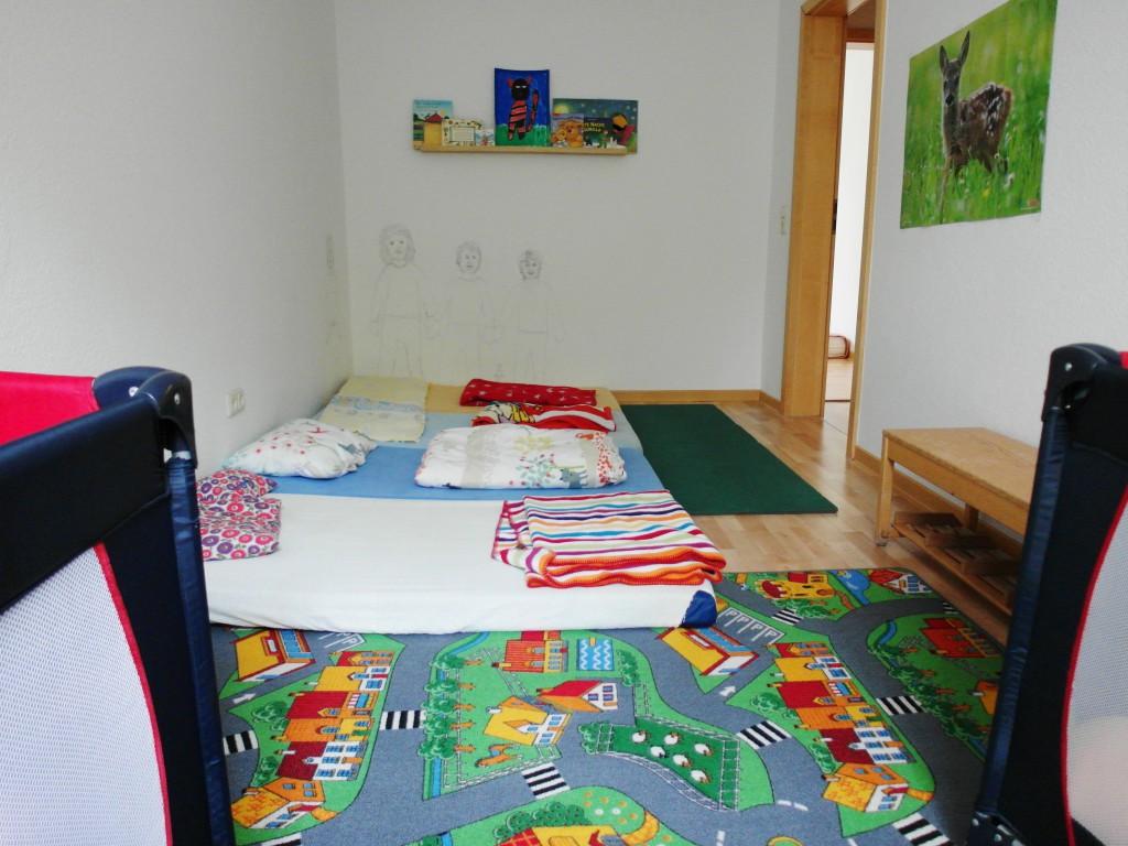 Schlafzimmer für bis zu fünf kleine Kinder in der Kindertagespflege Jena Ost